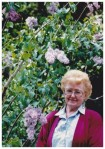 MOM AND LILACS
