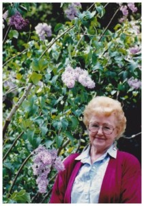 mom with lilacs